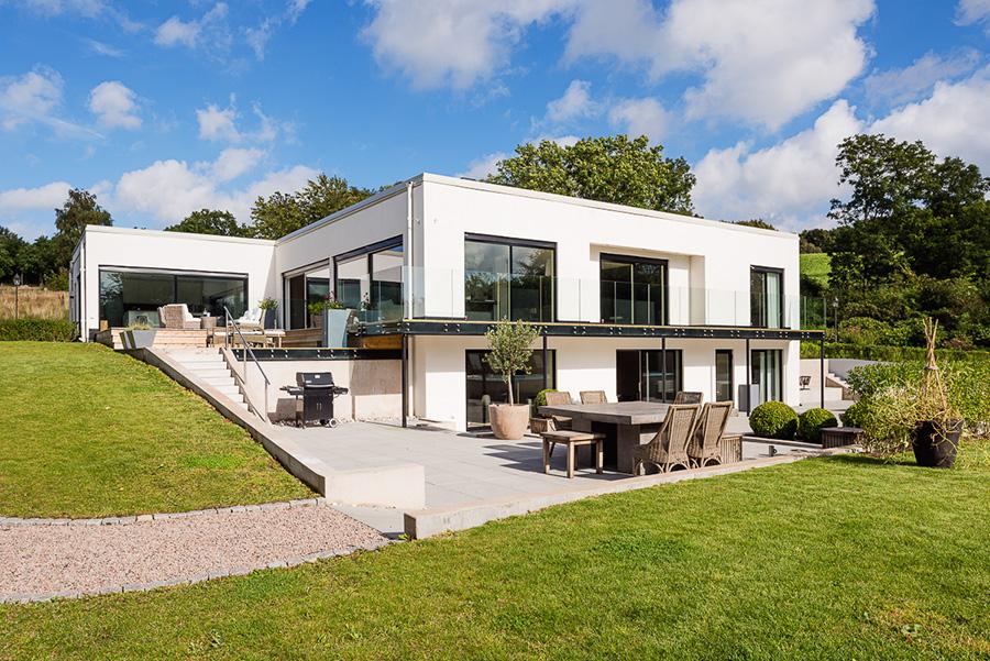 Litet hus med stor utsikt